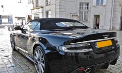 Aston_Martin_DBS