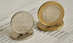 CZK a EUR FX24
