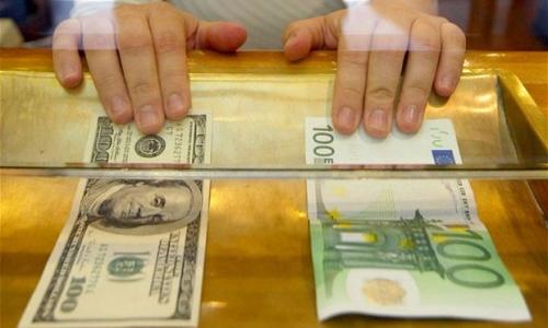 EUR a USD FX24